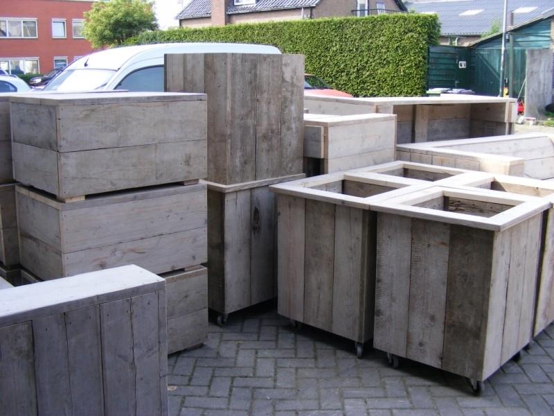 plantenbak / Bloembak L60xB60xH70cm  steigerhout