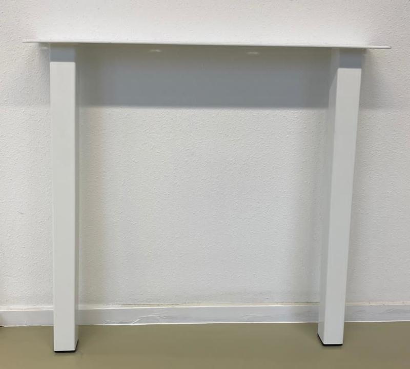 Stalen tafel onderstel model A poot koker 5x5cm (STRIP) B70cm x H71cm Wit gepoedercoat(voorraad magazijn artikel)