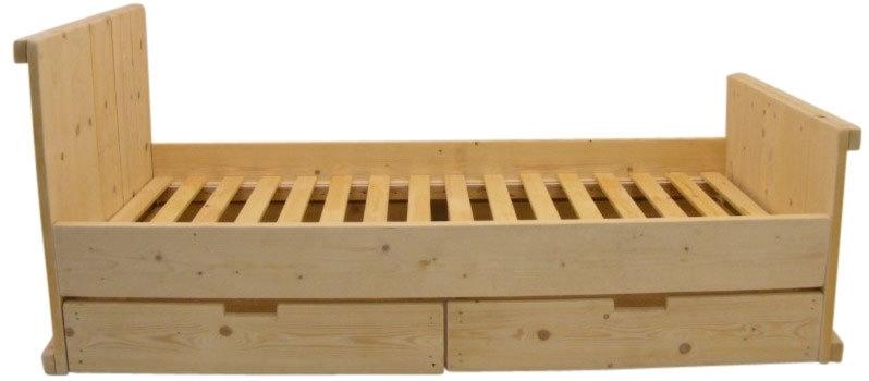 Bed van nieuw steigerhout (N)