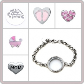 "Floating locket - armband - ""The love between a mother & daughter is forever"""