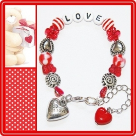 Armbandje It`s all about love!