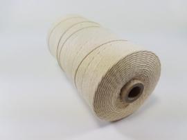 Katoen macrame touw spoel n r 16   1.5mm  500gr  ecru  890040/1601
