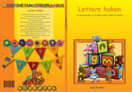 letters haken Anja Toonen