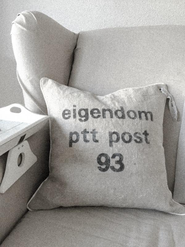 PTT Post kussen