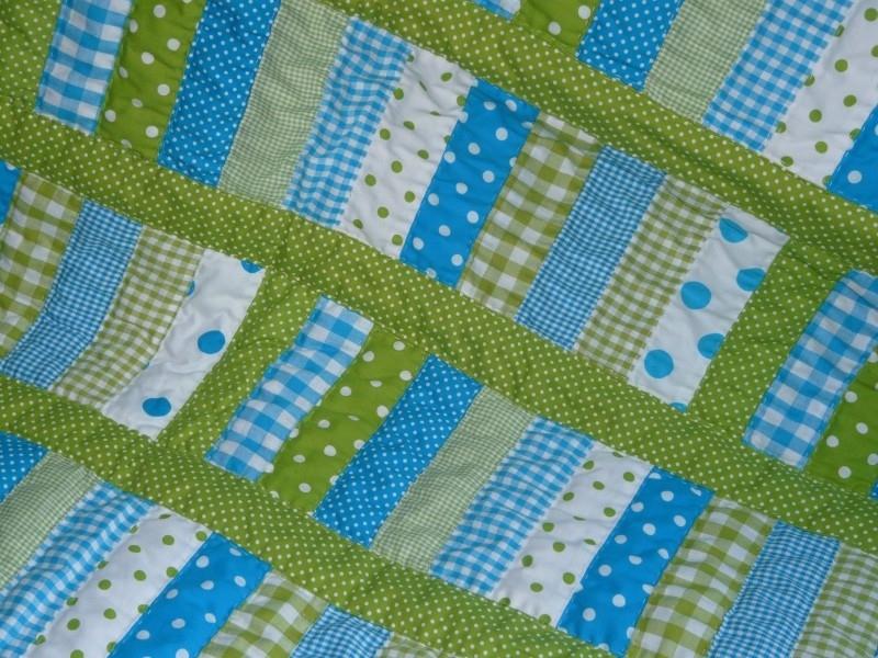 Boxkleed/ quilt aqua-lime streep