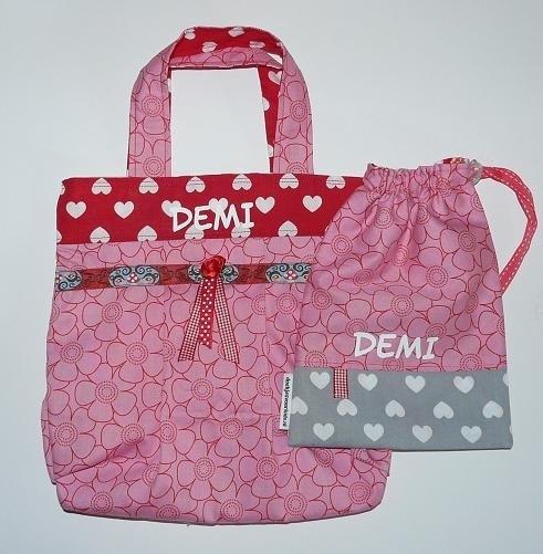 Meidentasje en knikkerzak voor Demi