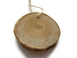 Houten Schijf met koordje 6-8 cm