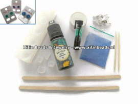 Materialen pakketje tbv gratis Mini Workshop UV-Resin oorbellen maken