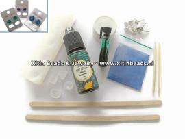Materialen pakketje tbv gratis Mini Workshop UV-Resin oorbellen maken