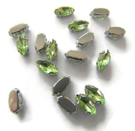 Navette strass Peridot Green  5x10mm Silver Plated (5st.)