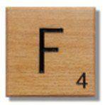 Houten Scrabble Letter F