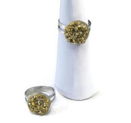 Ringetje met goudkleurige druzy resin top