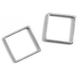 Ring Vierkant 4 cm diameter ZILVERKLEURIG
