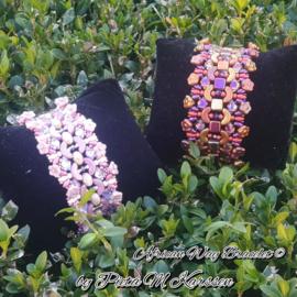"""Gratis """"African Way"""" Armband Patroon van Pieta M. Karssen bij aankoop van 2 zakjes kralen"""