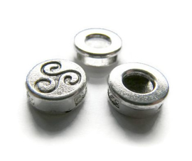 Schuif Kraal Triskelion Spiral Swirl voor 10mm plat leer