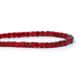 Kristal Glas Kubus kralen Dark Red 3mm (per streng)