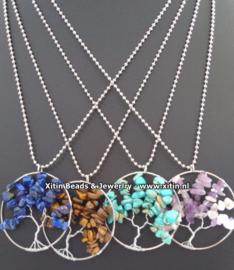 Levensboomhanger in diverse kleuren aan RVS ball chain ketting