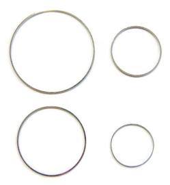 Ring 7 cm diameter ZILVERKLEURIG