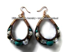 Materialen pakketje oorbellen met leer en kralen Xitin Beads Academy