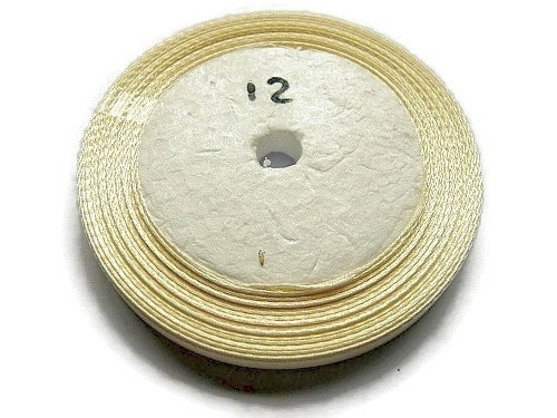 No.12 Creme Satijnlint 6mm (per rol)