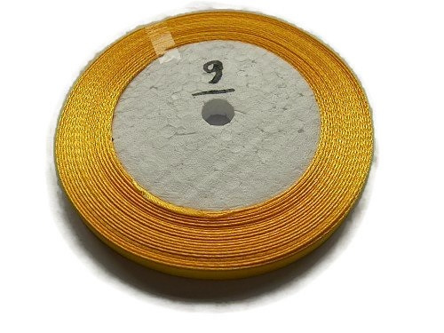 No.9 Marigold Satijnlint 10MM (per rol)