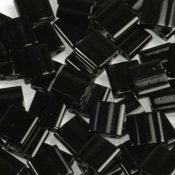TL5-401 Miyuki TILA Opaque Black 5x5mm