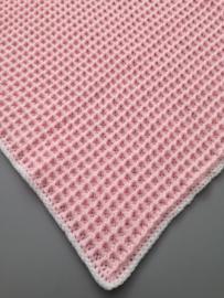 Dekentje 65 x 90 cm licht roze met wit