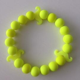 Neon gele kralen met neon gele snorren