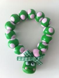Fimokralen groen met lichtroze en vrolijk belletje
