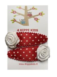 Rood met witte stippen en wit roosje