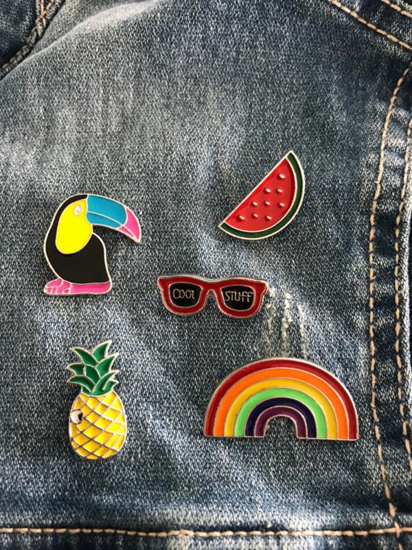Set van 5 pins toekan, watermeloen, zonnebril, ananas en regenboog Kids