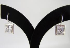 Fashion Zilveren oorbellen zirkonia`s | 0050