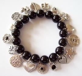 TW08. Trendy armband zwart/zilver