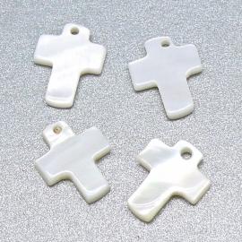 schelp hanger kruis 10x12mm kleur parelmoer ivoor (SH040)