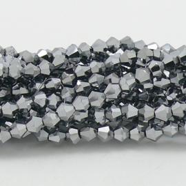 glaskraal bicone 4mm - circa 110  kralen (BGK-008-040) kleur Metalic Silver