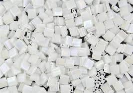 TL5-0471 Miyuki Tila 5x5mm - 5 gram - kleur White Pearl AB