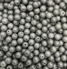 PB6-03000-14449 Tsjechisch ronde glaskraal 6mm Chalk White Grey Luster - 25 stuks