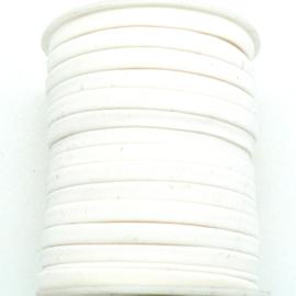 Habotai elastisch zijdekoord - kleur Ivory - 3x5mm - lengte 2 meter (no 24)