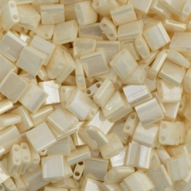TL5-0592 Miyuki Tila 5x5mm - 5 gram - kleur ivory pearl