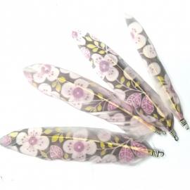 veer met bloemenprint en oogje 6-10cm - kleur wit paars (D11238)