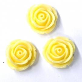 Kraal Roos 18mm Pastel Vanille (M59329)