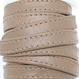 DQ platte leerband 10mm breed soft nappa leather 2-sided - dubbelgestikt - kleur taupe - 20cm