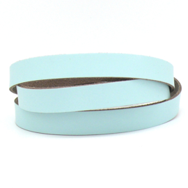 DQ leren band smal 15mm - 2,1 dik circa 100cm lang - kleur trend Lovely Blue (PL15-007)