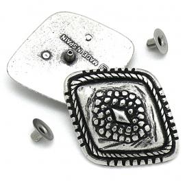 10-0145 concho met pin wieber bewerkt 30x38mm