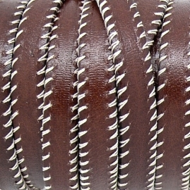 DQ platte leerband 10mm breed v-stiched 20cm lang kleur dark brown