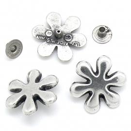 10-0103 concho met pin bloem plat 22x22mm