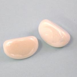 (BJW046) glaskraal wit glossy ovaal met 3 vlakken 11x16mm