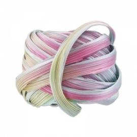 Shibori Silk Ribbon - color Silver Lining Borealis - lengte 20cm (FCR-421)