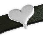 DQ metaal schuifkraal hart voor 10mm breed leer (gat 2,5x10mm) (B04-003-AS)