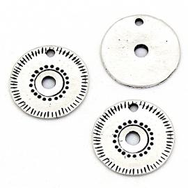 DQ metaal bedel boho gegraveerd maat 15mm (B02-153-AS)